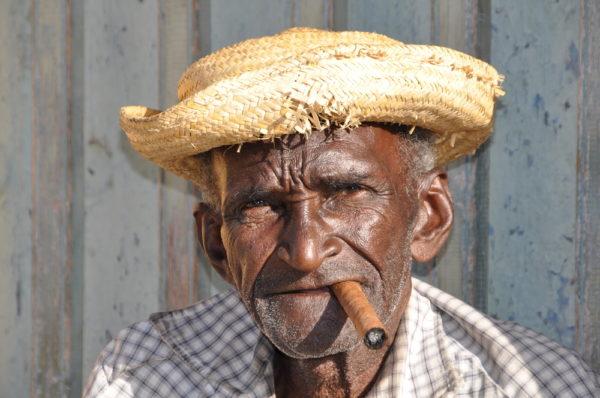 Kuba Reise - Mann mit Zigarre