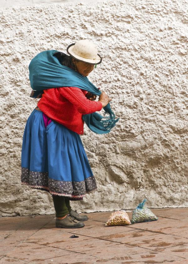 Ecuador-Reise; Marktfrau von Ecuador